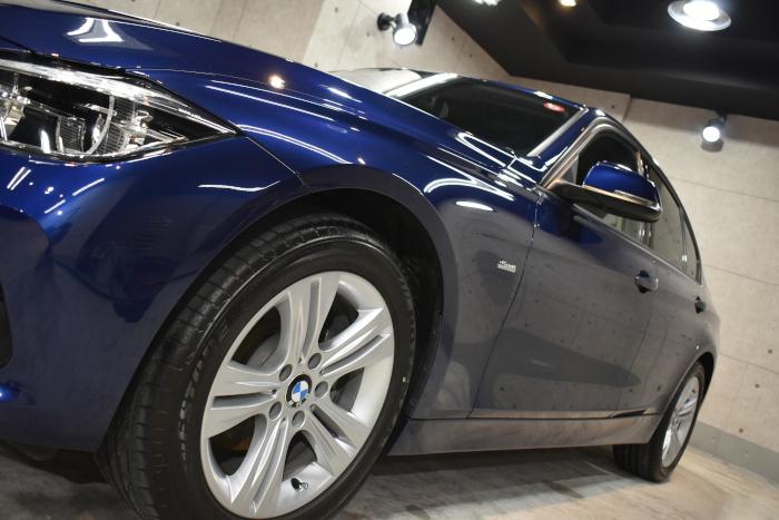 BMW318i-3
