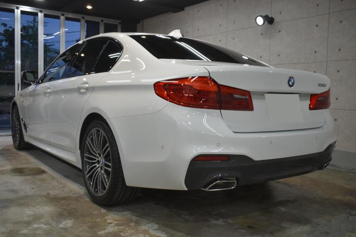 BMW530i-6