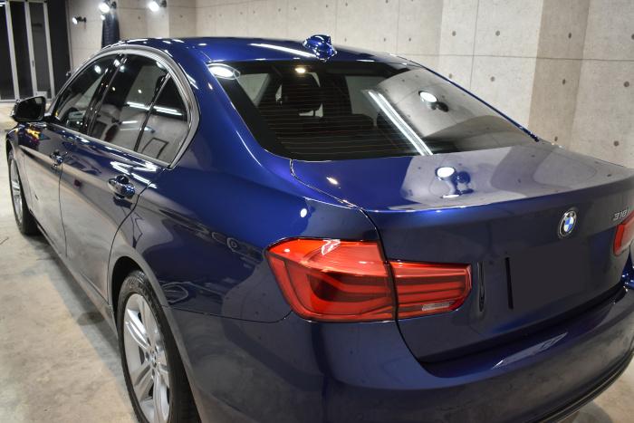 BMW 318i-6