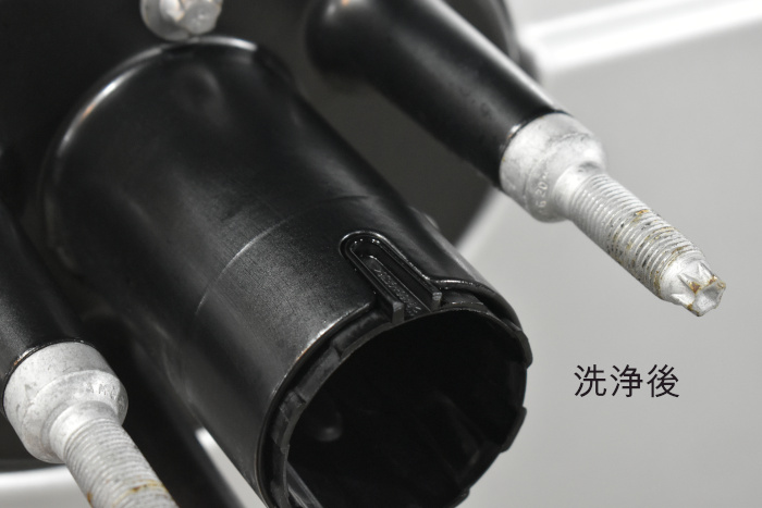 G350d-スペアタイヤ洗浄後-2